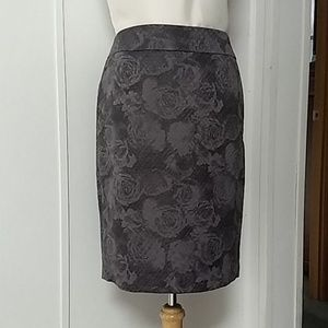 Ann Taylor gray pencil skirt
